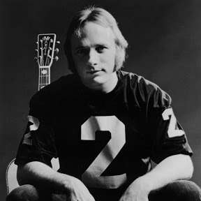 Stephen Stills - Topic