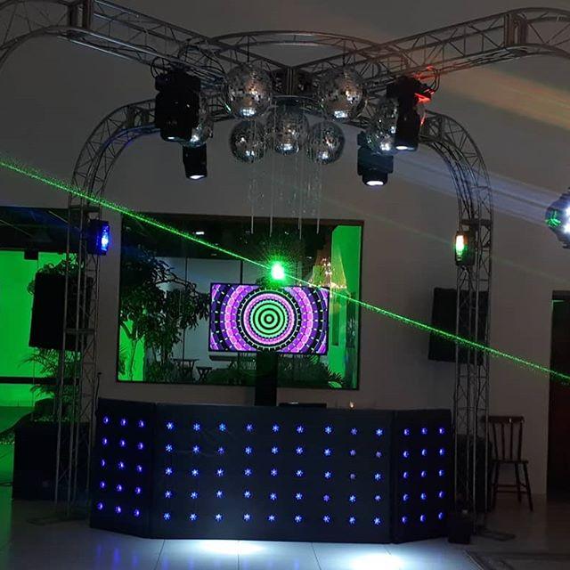 💎💎Pista X 💎💎 A nossa pista de dança mais pedida! 😍👏 #PistaX #Casamento #15Anos #Formatura #Luxo #DjAfonso #Suafestadiferente 👉Whatsapp:(053)999696603