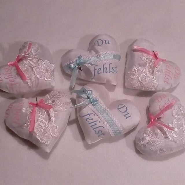 Kleine Stoff Herzen aus Brautkleid Stoff für Sternenkinder 💕 #nähen #handmade #hobby #kreativ #ehrenamtlichnähen #brautkleidspende  #herzen #sternenkinder #nähenfürsternenkinder #erinnerungsherz #trauer