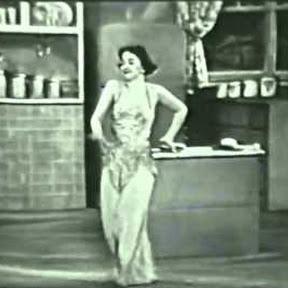 Olga San Juan - Topic
