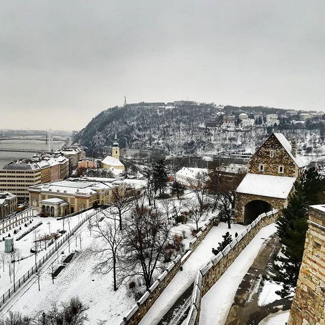 Buda/Óbuda/Pest. #architect #architecture #snow #budapest #hungary #winter