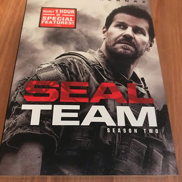 Merci @paramountmovies pour le coffret de la seconde saison de #sealteam en format #dvd  #davidboreanaz #tvseries