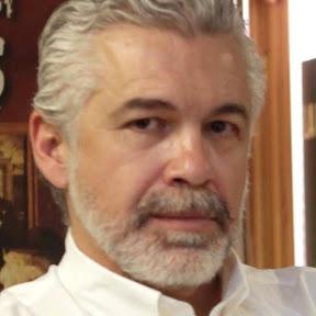 Luis Estrada - Topic
