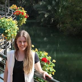 Anja Grabar