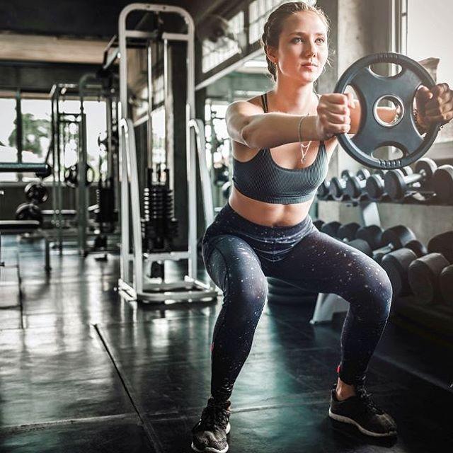 Za početnike: Kako krenuti s treningom snage u teretani? 👉🏻 Više donosimo na linku u opisu profila. . . . . . . . #training #strengthtraining #workout #workoutroutine #fitnesscomhr #fitness #healthylifestyle #exercisemotivation #fitnesscomhr #budifit #gym #gymtime #fitgirls