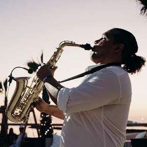 Saxofonista Maceo Sax