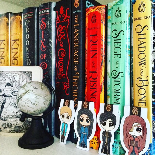 Happy #shelfiemonday, Dragons 🍦 #QOTD : If you could share a cup of ice cream with a character, who would it be and what flavor is the ice cream? • Because I just can't hold myself, I'll share some ice cream with four bookish dudes: Dorian (Vanilla), Nikolai (Belgian Chocolate), Rowan W. (Mint Choco Chip), and Darrow (Cookies & Cream) 😆🍦 • Tag time! I was tagged by @bookbee_boi to do the sweet and refreshing #icecreambooktag challenge: 🍦 Lemon (series I didn't like): Divergent, I know it's not quite fair because I judge them by the movies 😭 🍦 Strawberry (classics): Anna Karenina 🍦 Coca-cola (a sweet love story): Practically any love story in my fave series/books 😍 🍦 Chocolate (a book you have been waiting for): King of Scars 🍦 Coffee (a book that kept you up all night): Crown of Midnight, I kept reading until I finished it at around 2am on a weekday 😂👍🏻 🍦 Mint (favorite series): Throne of Glass (Fantasy!! ToG is LOVE, ToG is LYFE), Red Rising (Sci-fi), and Scythe (Dystopian) 🍦 Tiramisu (a book that cheers you up): My fave mangas, especially Prince of Tennis and Karneval • Take care 🍦 Feel free to do this tag, Lovelies! • #bookmark #magneticbookmark #grishaverse #bookish #bookstagram #booklover #bookdragon #bibliophile #YAreads #YAfantasy #book #novel #bookaesthetic #instabook #booknerd #bookporn #bookaholic #bookphotography #ylikoob #bookishalgor