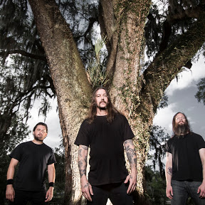 High On Fire - Topic