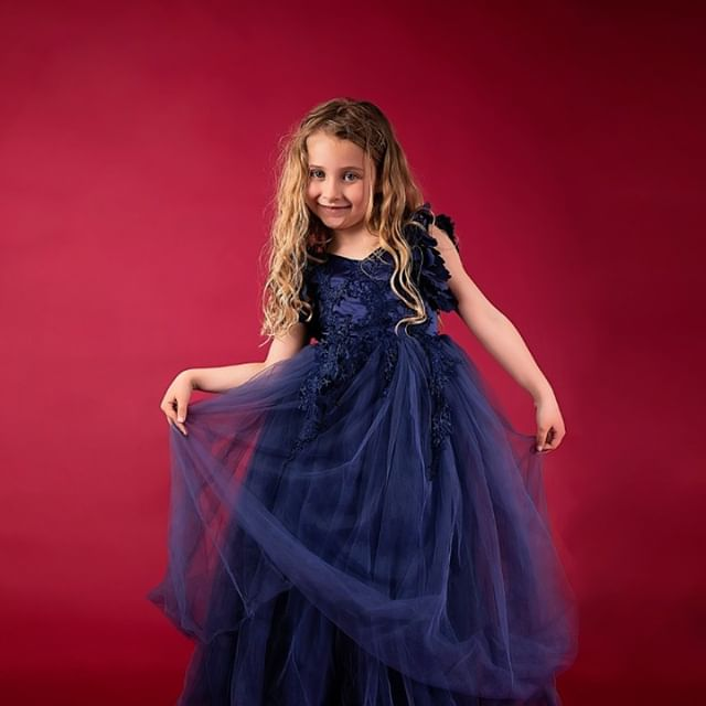 Love to dress up from pretty dresses like this to leggings and leather jackets!  Acting is fun and I love to do it but fashion and clothes are also a passion of mine, it's great when I can combine both with modeling. . . . . . . . . #childmodel #kidsfashion #childrensfahion #brandambassador #photoshoot #childactor #childactress #kidstalent #talent #acting #actorslife #fashion #ootd #dress #flowergirl #fashionphotography #editorialphotography #fashioneditorial #studiophotography #lovefashion #fashionblogger #casting #castingcall #actorslife #castingdirector