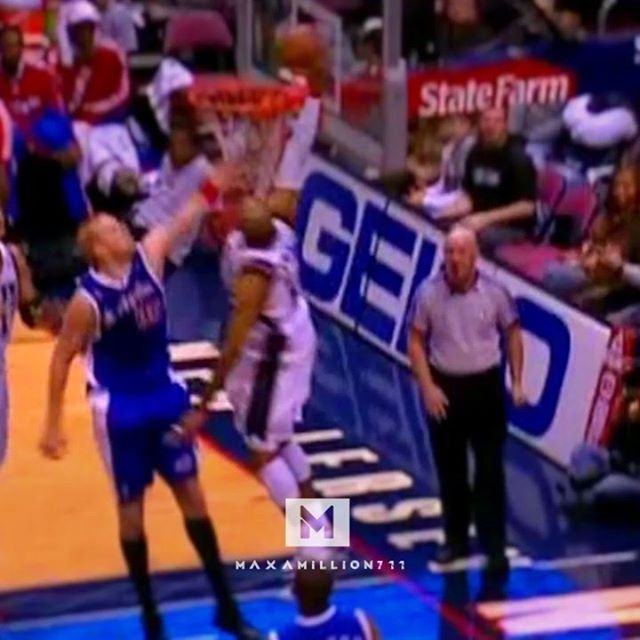 The end of #NBADunkWeek 😢 Sorry to all the Kaman fans out there. From Nov 11.22.2008 - - - #vincecarter #newjerseynets #brooklynnets #nbadunk #dunks