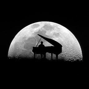 Moon Gothic