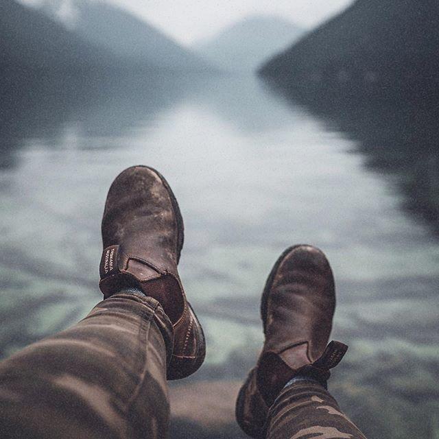 Moody lake days💦🌿 BUT I'm not ready for pumpkin spiced lattes just yet!! . . . . .  #pnwphotographer #themountainsarecalling #allaboutadventures #madeincanada #stayandwander #wanderlust #likeamountaingirl #amongthewild #awakethesoul #wanderfolk #wearelimitless #passionpassport #welltraveled #liveauthentic #mountaingirls #wildernessculture #folkscenery #theoutbound #outdoorwomen #hikevibes #getoutstayout #optoutside #moodyedits #adventureculture #wearethewild #keepitwild #wonderlust10k #wildernessnation #visualambassadors #seekmorewilderness