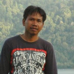 Tohari Achmad