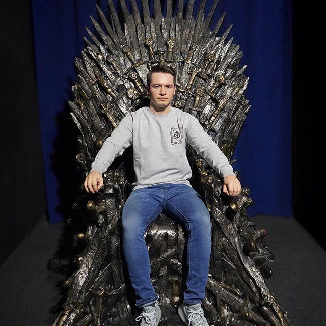 hier ein top secret Bild aus der finalen Folge von Game of Thrones, nicht weitersagen!🤫 #gameofthrones #season8 #GoT