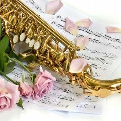 Alecia Saxophonist