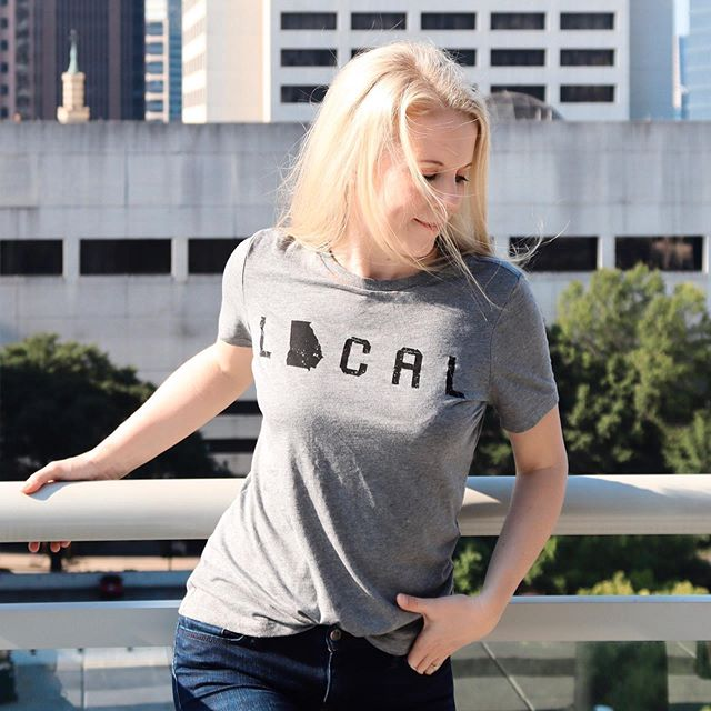 Last week I told y'all about the @threadtank tees that I have been wearing nonstop since I got them - this one is such a fun way to share your local roots! Being a southern-born Atlanta native, this is the perfect tee for me! You can still get 10 percent off your entire purchase with code SKIRTS10 through the end of September! I linked it in my stories.