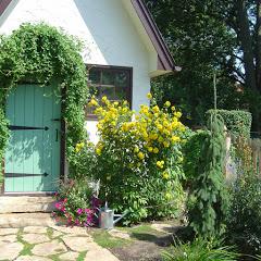 Rosannes Garden