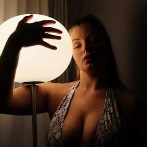 Gaëlle curvy model