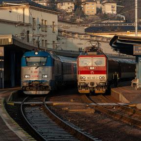 Em Trains