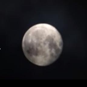 Aquarius Moon Tarot