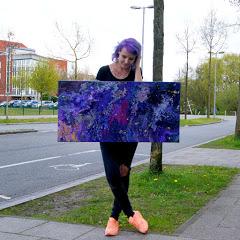 Lavender Alien
