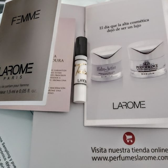 Mas muestras de #laromecosmetics gracias a #correossampling @larome.perfumes