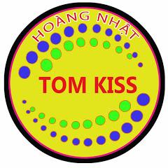 tom kiss