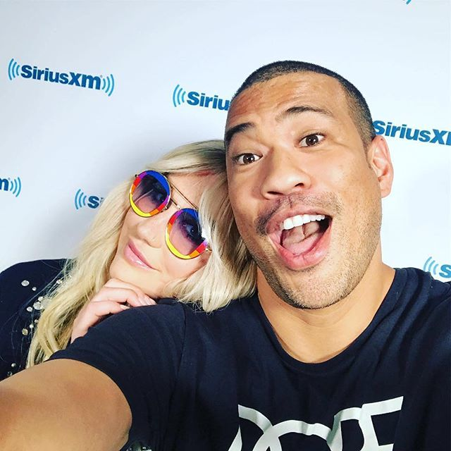 Tonight, #Kesha gets candid with #MichaelYo about her new single #Praying and that awkward moment with #JerrySeinfeld. (📷: michaelyo)