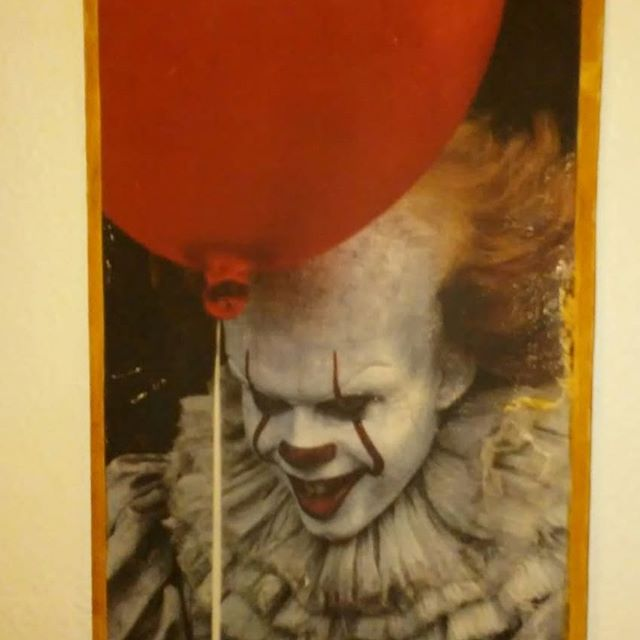 """I bought this 12""""x18"""" ink onto wood transfer last week and it looks great! Very rustic appearance. Will be giving it to my daughter for Christmas. #pennywise #stephenking #itmovie #horror #horrorcollector #horrorcollection #horrorfamily #horrormovies"""