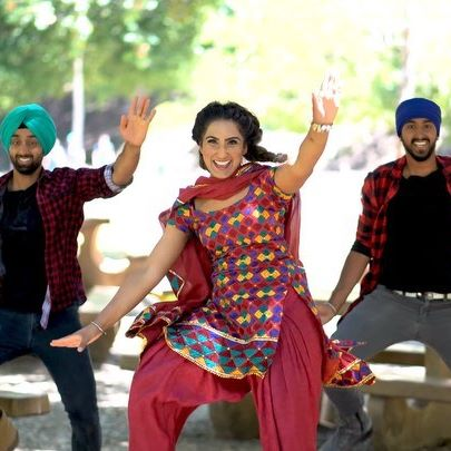 #TheThindThree Check out our new Bhangra video to Mehfil from the movie Shadaa! @bhangraempire  @jackiethind @meenuthind  Singer: @diljitdosanjh  Video: @mirza_moments  #bhangraempire #mehfil #shadaa #diljitdosanjh #sonambajwa #neerubajwa #bhangra #dance #bhangravideo #punjabisongs #punjabifilm #bhangradance #bhangravideo #siblinggoals #bollyshake #punjab #india #bhangramix #bhangraremix