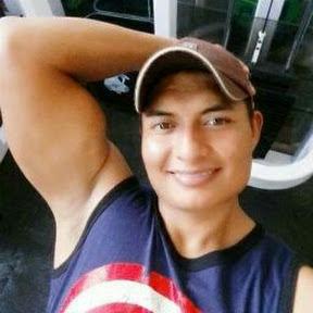 Luis Aguilar 7