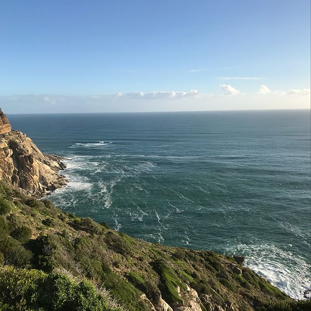 All diamonds are blood diamonds.. #johannesburg #joburg #irene #centurion #IQVIA #southafrica #natgeo #africanpride #righthanddrive #bouldersbeach #kalkbay #simontown #lionshead #capetown #chapmanspeak #tablemountain #penguins #sunrise