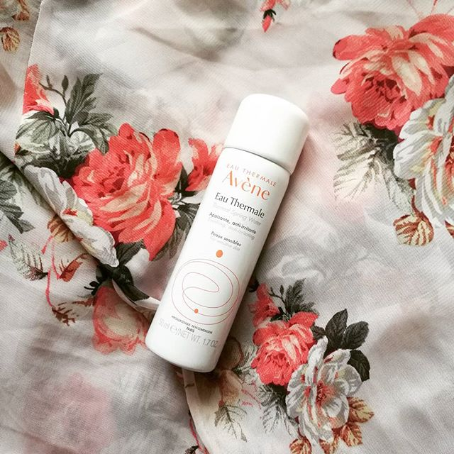 I AM SO TIRED!  Currently typing this up after a long day of training at my new summer job.  I've been doing the same thing for the past few days and let me tell you, I am not used to waking up at 7.   I've been wanting to post about this miracle @avene_uki spray since coming back from Turkey but haven't had the time (see above for why 😴). I literally finished this bottle in just 5 days. I used it on my morning routine, after swimming, soothing my sunburnt skin (which was all the time tbh), etc etc. It's SO soothing and hydrating and even though it's essential just a bottle of water, it works wonders.