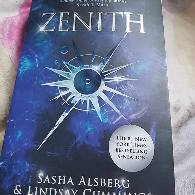 PGCE is over and I finally have the chance to read this beauty 😍 #zenith #ya #youngadult #yalit #yalovin #bookstagram #bookstagrammer #reading #booktube #booktuber #reading #paperback #epicreads #booknerd #booknerdigans