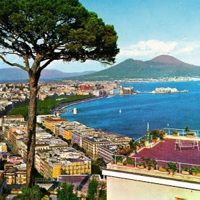 Napoli in the World