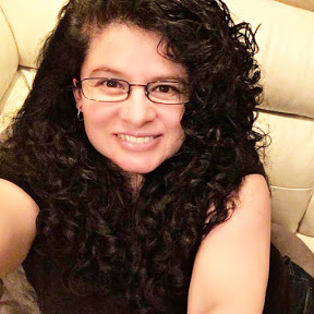 Erika Carrasquillo Curly Hair