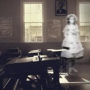 School Ghost Stories - Topic