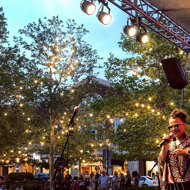 Teeny Tucker's soulful performance was a perfect way to kick off 2019's Sounds on the Town Series at @eastontownctr Can't wait to see everyone next week for Divas of the 90's!