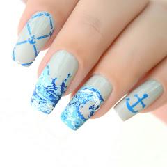Tatiana love nails