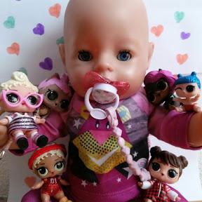 El mundo de muñecas de Alexandra