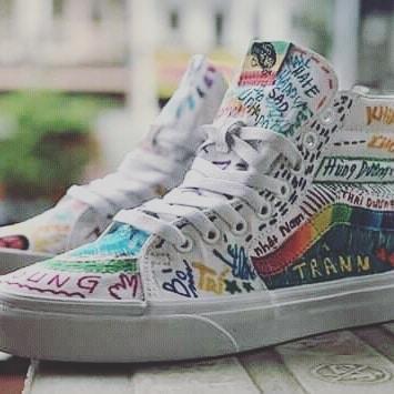 I'm custom @@ Beautifull sneaker ! #hypebeastvietnam #hypebeast #customshoes #sneakers #follow4followback #followforfollowback #likeforlikes #like4likes #141 #streetstyle #streetwear #vans #checkerboard #easy #likeforfollow