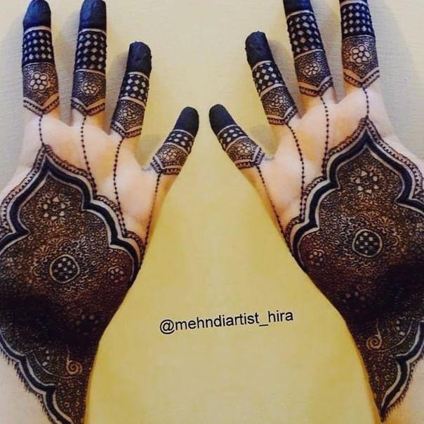 My other side😍😍 Intricate henna .... #henna #henna_i #hennaart #hennadesign #hennalove #hennaartist #hennatattoo #wakeupandmakeup #mehndi #mehndinight #mehndilove #mehndidesign #mehnditattoo #mehndiartist #mehndimanchester #hennamanchester #hennaoftheday #mehndi_by_hayat #mehndijewelry #fashion #hudabeauty #monakattan #zukreat #hennapics #makeupsocial #beautiful #girlyhenna #hennainspire #hennajewelry