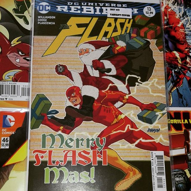 #MerryFlashMas Everyone :D Hope you're all having a fun time :) I got this beauty at Manchester Comic Con it's soo good T_T #merrychristmas  Big thanks to our #speedsters #grantgustin #ezramiller #keiynanlonsdale #johnwesleyshipp #ViolettBeane #tomcavanagh #mattletscher #teddysears #evanpeters #aarontaylorjohnson
