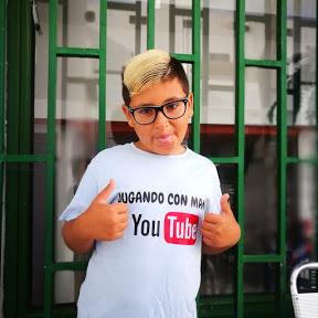 JUGANDO CON MAMÁ yacoran Guerrero