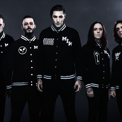 Motionless In White - Topic