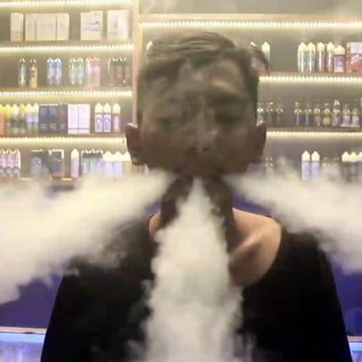 A little little recording with my friend @muhamad.maulidan . Watch also on my youtube the link is in bio ☝️☝️☝️ 📌 @vapeshop_batanghari 📹 : @ridhoalfiqri_ . #vapefam #vapetrick #vapesociety #vapenation #vapehooligan #dripclub #vapenation #vgod #vgodnation #indoclouds #iniuapbukanasap #cloudchaser #vapelyfe #tricklyfe #cloudlyfe #vapetricks #lfl #fff #teamcoolsmoketricks #weoutheredoe #yzankontol #a_kidz #vapestagram #vapephotography #vapecapitol #csvape #turunnaikchallenge #dagelanturunnaikchallenge #movitalent #movitrick @ministryofvapeindonesia @officialindoclouds @cloudtricks @cloudtricks @vapetricks @official_svs @vape_for_life_smittyt