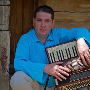 Adrian Caval