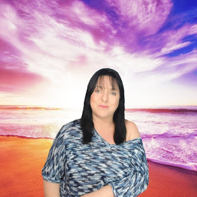 Gaynor Carrillo - Aprender Tarot Fácil