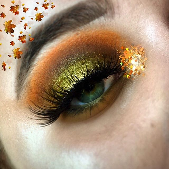 Maquillage très automnale et vraiment très simple 🍂  Pouvez vous tagguer : @morphebrushes 🙏🏼 🍂 EYES : 🍂 @plouise_makeup_academy Base 🍂 @morphebrushes x @jaclynhill «Armed&Georgeous» 🍂 @evol_uk Glitter 🍂 @anastasiabeverlyhills diprow pommade || #morphe #morphebabe #colourpopme #makeup #makeuptutorial #makeupartist #makeupideas #makeupautumn #autumn #makeupporn #makeupjunkie #makeuptime #makeupoftheday #makeupaddict #marioncameleon #rimmelnewface