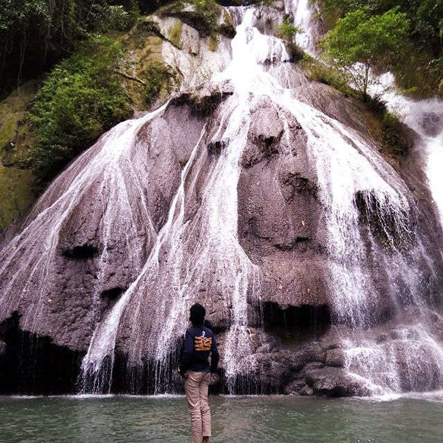 °don't forget the holiday is still long 😉  ____________  Loc : air terjun taeno  #barondaambon  #folkambon  #folkindonesia